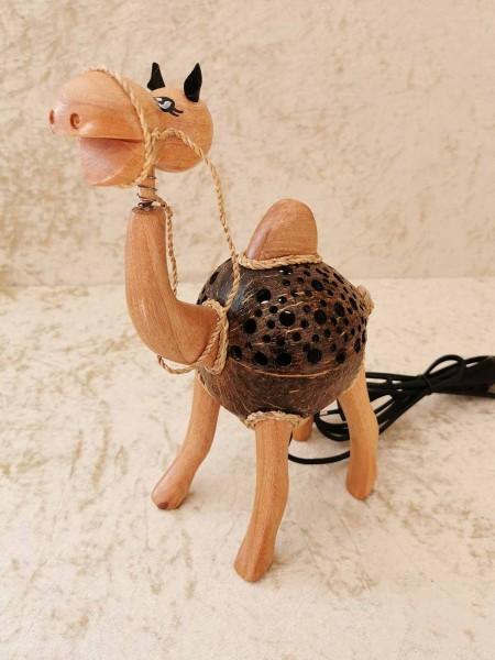Kokos-Tierlampe Kamel, stehend